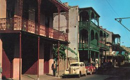 FRENCH QUARTIER-NEW ORLEANS - New Orleans