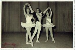 """Photo. Ballet. Opéra. Danse. """"Divertissement"""" Foto Vermeulen, Théatre Royal De La Monnaie. - Métiers"""