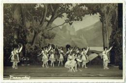 Photo. Ballet. Opéra. Danse.  Foto Vermeulen, Théatre Royal De La Monnaie. - Métiers