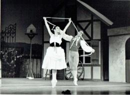 """Photo. Ballet. Opéra. Danse.  Foto  Leynen, Berchem-Antwerpen. 1966.  """"La Fille Mal Gardée"""" - Métiers"""