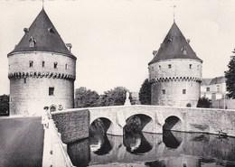 10 - Kortrijk - De Broeltorens - Courtrai - Les Tours Du Broel - Kortrijk