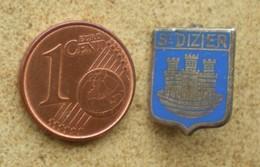 1 Insigne Blason Ancien En Métal Ville St DIZIER - Andere Verzamelingen