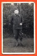CPA Carte Photo D'un Militaire Régiment à Identifier - Regiments