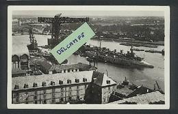 Lorient - Vue Panoramique Du Port De Guerre - Krieg