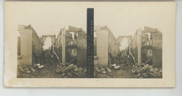 PHOTOS STEREOSCOPIQUES - GUERRE 1914-18 - Photo STEREO - MEUSE - A REVIGNY Après La Bataille De La Marne - Photos Stéréoscopiques