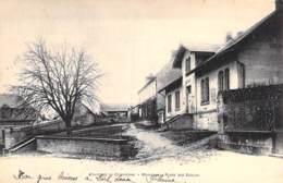 60 - MORIENVAL ( Environs De COMPIEGNE ) Place Des Ecoles - CPA Village ( 1.060 Habitants ) - Oise - France