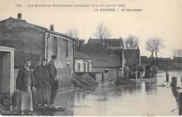 94 - LA GARENNE COLOMBES ( Inondations 1910 - Crues De La Seine ) Un Sauvetage ( Bonne Animation )  - CPA Val De Marne - La Garenne Colombes