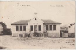 CPA Leynes Mairie école - Sonstige Gemeinden