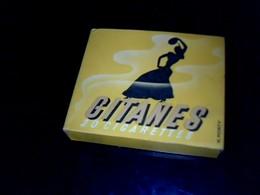 Publicité Cigarette Paquet Ancien  En Carton Marque  Gitanes Maryland SEITA Régie Française - Cigarettes - Accessoires