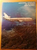 Old Large Brochure MCDONNELL DOUGLAS DC-10 FLIGHT CREW TRAINING RAR 1972. Many Famous Pictures - 1950-Maintenant