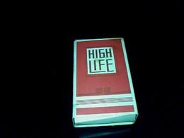 Publicité Cigarette Paquet Vide Ancien  En Carton Marque High Life Regie Seita - Sigarette - Accessori