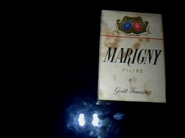 Publicité Cigarette PAQUET Vide Ancien En Carton Marque Marigny SEITA Régie Française Vendu N L état Taché - Cigarettes - Accessoires