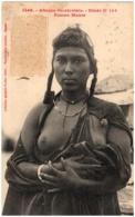 Afrique Occidentale - Etude - Femme Maure - Seins Nus - Cartes Postales