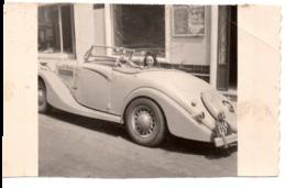 Automobile Anglaise à MONTE CARLO 1950 Sport Cabriolet - Photo -  Jolie Jeune Femme Fille - Cars
