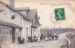 87-VERNEUIL (Haute-Vienne)- RESTAURANT De La GARE-Façade Sur La Route-Edit.LARRIEU, Gare Verneuil-Ecrite-1913-(24-02/20) - France