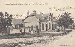 °°°  Vieilles Maisons  °°°  école Des Garçons        /// REF  Fév. 20 // BO.45 - Autres Communes