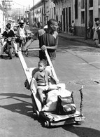 Photo Cuba Charrette De Transport Faite Maison Avec Plaque Directionnelle Pour Le Fun Photo Vivant Univers - Orte