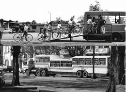 Photo Double : Cuba La Havane Transports Publics Originaux Photo Vivant Univers - Orte