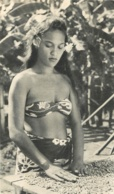 ILE PITCAIRN JEUNE FEMME MAILLOT DE BAIN CARTE MAXI VOIR LES 2 SCANS - Pitcairn Islands
