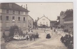 Bulle. Procession De La Fête-Dieu, Place Des Alpes. Carte-photo - FR Fribourg