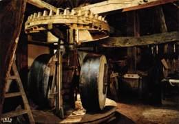 CPM - Provinciedomein BOKRIJK - Openluchtmuseum - Olieslagmolen Uit Ellikom, 1702 - Binnenzicht - Genk