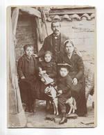 Photo Ancienne ( Vers 1900 )  Sur Support épais, D' Une Famille - Studio H. GAUDICHON  à BOURG ( Ain ) - Photographs