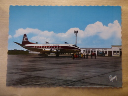 AEROPORT / AIRPORT / FLUGHAFEN   MONTOIR-SAINT-NAZAIRE-LA BAULE  VISCOUNT  BRITISH EAGLE - Aérodromes