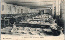 63 - BILLOM -- Ecole Militaire - Un Réfectoire - France