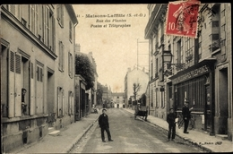 Cp Maisons Laffitte Yvelines, Rue Des Plantes Postes Et Telegraphes - France