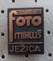Photo Studio Miklus Jezica Ljubljana Camera Slovenia Pin - Fotografia