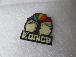PIN'S   KONICA - Fotografie