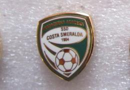Arzachena Academy SSD Costa Smeralda Calcio Insignes De Football Badges Sardegna - Olbia-Tempio (OT) Spilla - Calcio