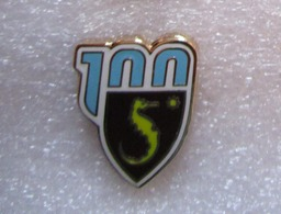 SALERNITANA 100° Calcio Salerno Insignes De Football Badges Insignias De FÚtbol Fußball-Abzeichen Spilla - Calcio