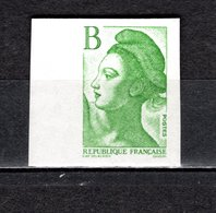 FRANCE  N° 2483   NON DENTELE  NEUF SANS CHARNIERE  COTE 15.00€     LIBERTE - Imperforates