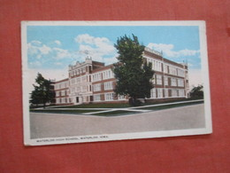 High School  Waterloo  Iowa      Ref 3911 - Waterloo