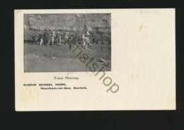Norfolk - Heacham-on-Sea - Ruskin School Home - Fossile Hunting   [4A-3.155 - Ohne Zuordnung