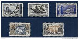 """FR YT 1091 1093 1094 1107 1114 """" Lot 5 TP """" 1957 Neuf* - Unused Stamps"""