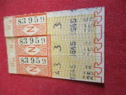 BUS/ 3  Tickets Anciens Usagés/RATP/Rouge/Code N /Série H/ Vers 1950 - 1970            TCK134 - Bus