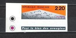 FRANCE  N° 2562   NON DENTELE  NEUF SANS CHARNIERE  COTE 25.00€    TEXTE EN BRAILLE - Francia