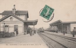 Garches -   Les Quais De La Gare  - Scan Recto-verso - Garches