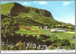 PC  2NI/49 J.Hinde - Farm In The Antrim Glens,N.I.. Unused - Fermes