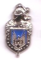 P189 Pin's Militaire Armée Artillerie Char ? écusson Bleu Signé Ballard Achat Immédiat - Militari