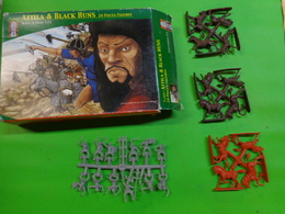 Figurines Toysoldiersfim Italy Attila Et Black Hums Ref Tl 0001 1/72 - Small Figures