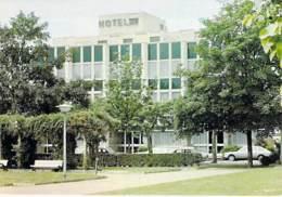 67 - SELESTAT : Hotel Restaurant VAILLANT - Place De La République - CPSM CPM Grand Format - Bas Rhin - Selestat