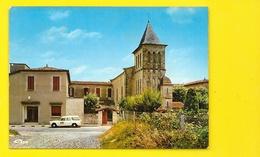 SAINT PALAIS L'Eglise Peugeot 404 Break Infirmiers? (Combier) Pyrénées Atlantiques (64) - Saint Palais
