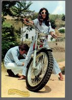 REF 466 : CPSM Ste Catherine Femme En Moto - Motorräder
