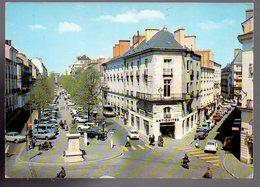 REF 466 : CPSM 44 Nantes Place Delorme Antiquité Voitures Anciennes Parking - Nantes