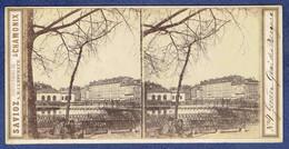 PHOTO STEREOSCOPIQUE ANCIENNE 1860/70 - SUISSE - GENEVE - ROUE A AUGE - QUAI DES BERGUES - PHOTOGRAPHE SAVIOZ A CHAMONIX - Photos Stéréoscopiques