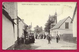 CPA Saint-Blimont - Grande Rue - Sortie De La Messe - France