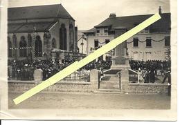 88 - Vosges - Cornimont - Manifestation Au Monument Aux Morts - Cornimont